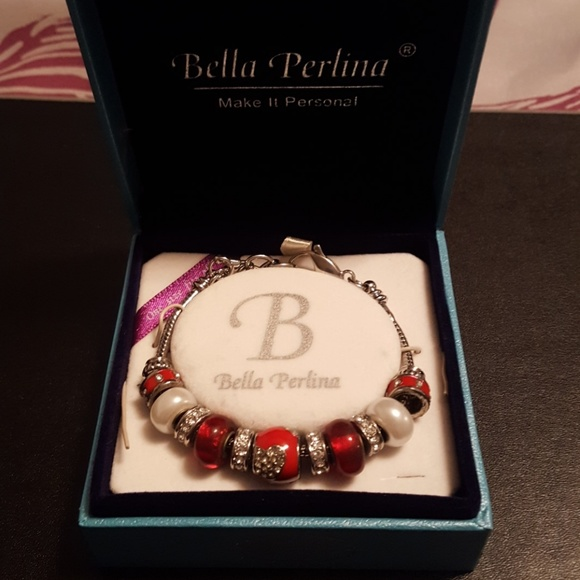 bella Perlina Jewelry - Red silver and white beaded bracelet